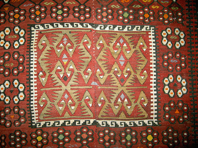 clean kilim carpet